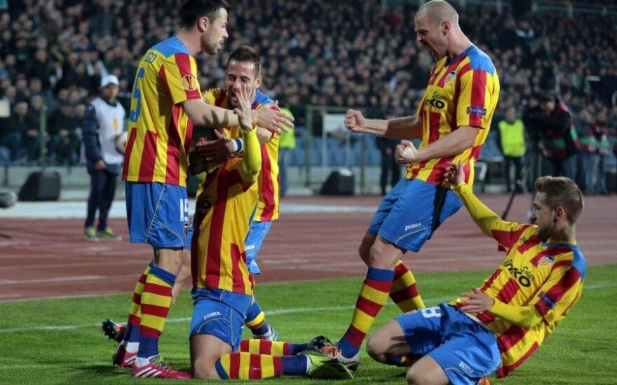 """""""Valencia"""" futbolininkai džiaugiasi įvarčiu"""