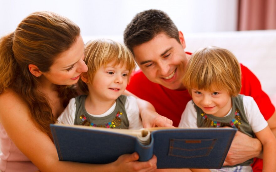 Antros pusės vaikai: kaip su jais elgtis?