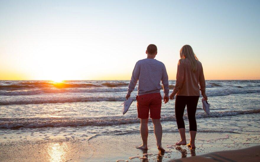 Daliai valstybės pareigūnų įstatymo pataisa padės išspręsti sumažėjusių atostogų problemą