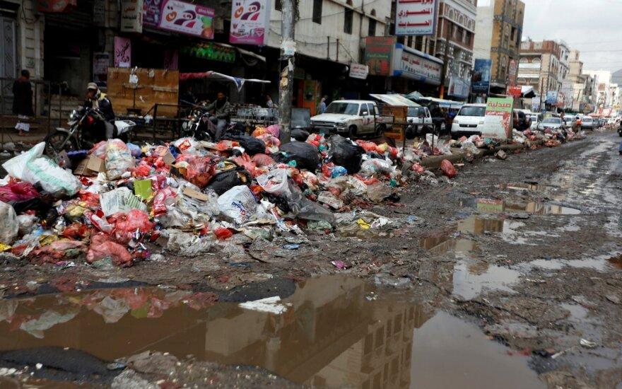 Kritinė situacija Jemene: cholera sergančių žmonių skaičius perkopė 300 tūkst.