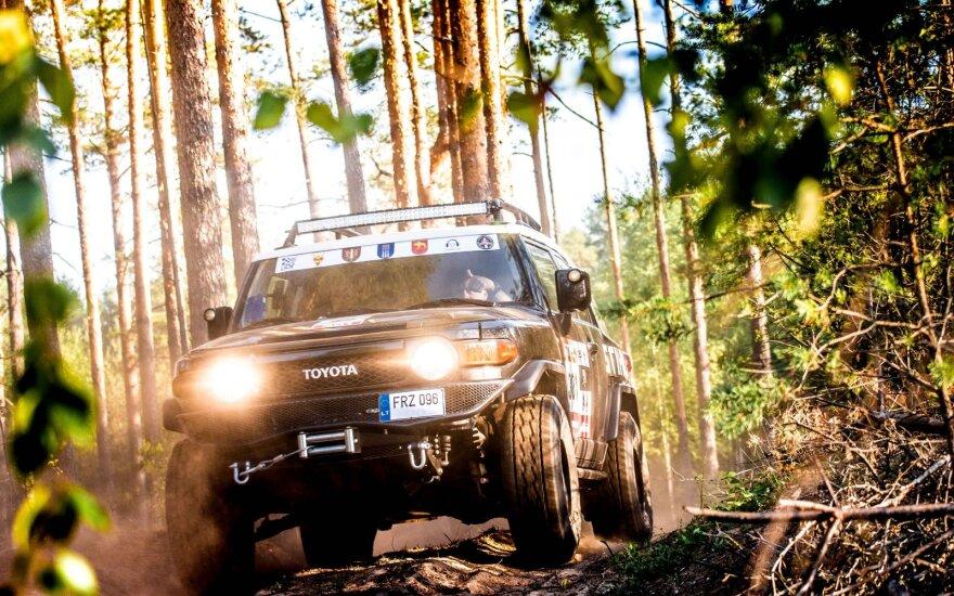 """Bekelės varžybos """"Perimetras"""" turi naują vardo partnerį, lenktynėse daugėja Dakaro karių"""