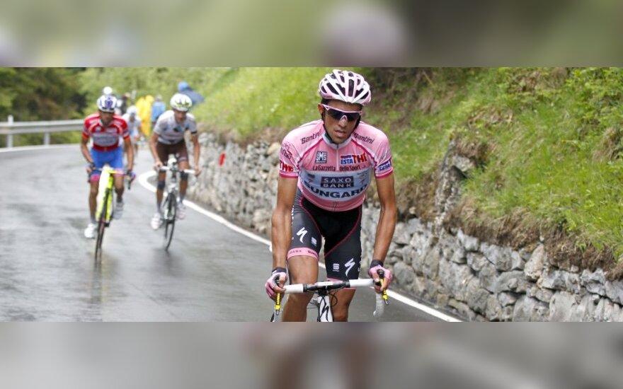 Lenktynių lyderis Alberto Contadoras