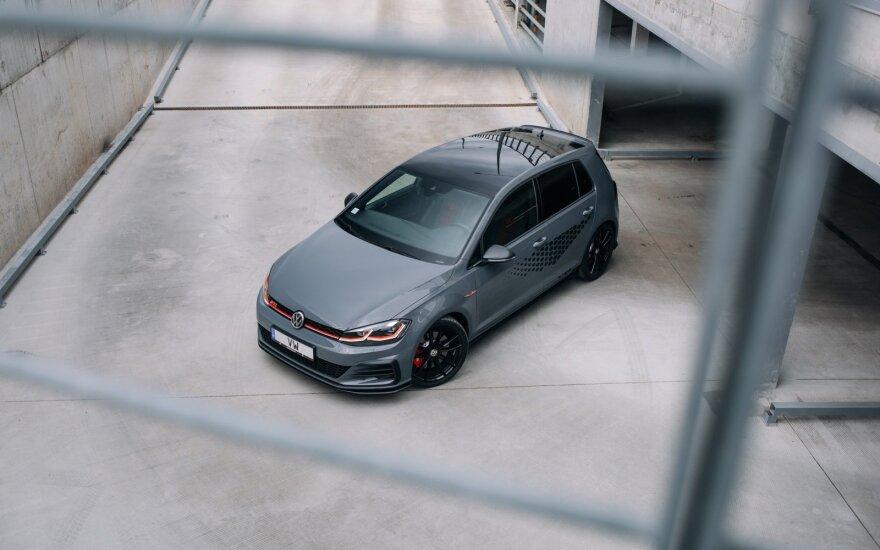 """""""Volkswagen"""" pristatė naują GTI šeimos narį """"Golf GTI TCR"""""""