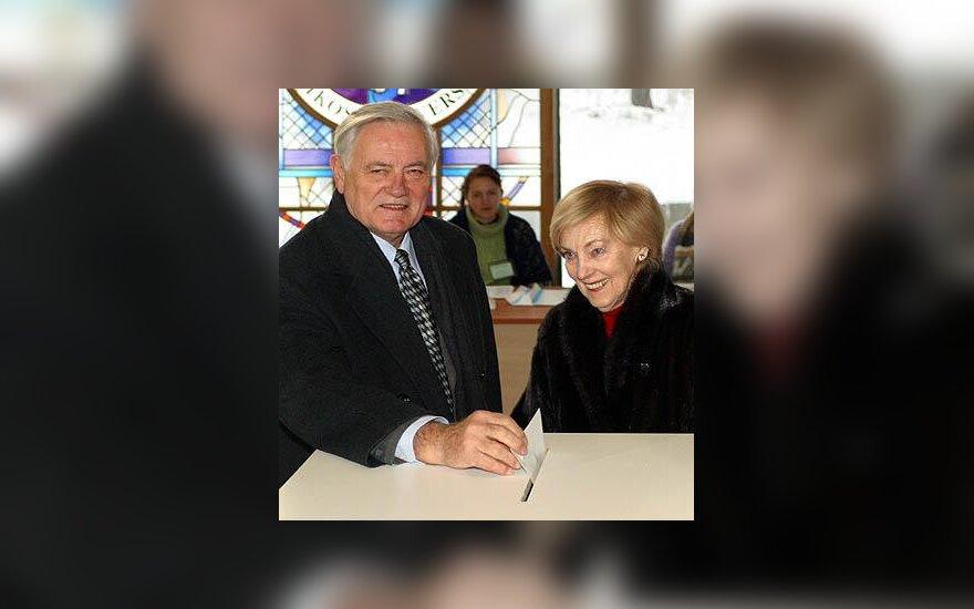 Valdas ir Alma Adamkai