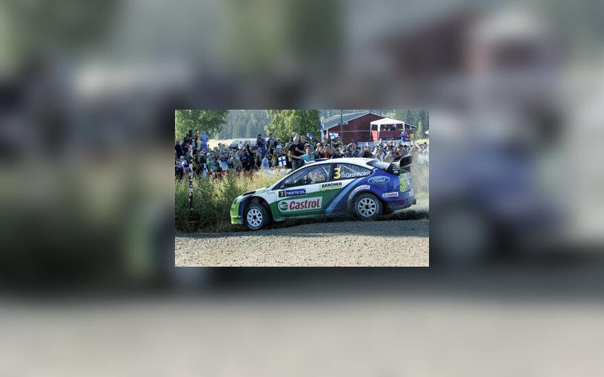 """Marcus Gronholm su """"Ford"""" laimi Suomijos ralį"""