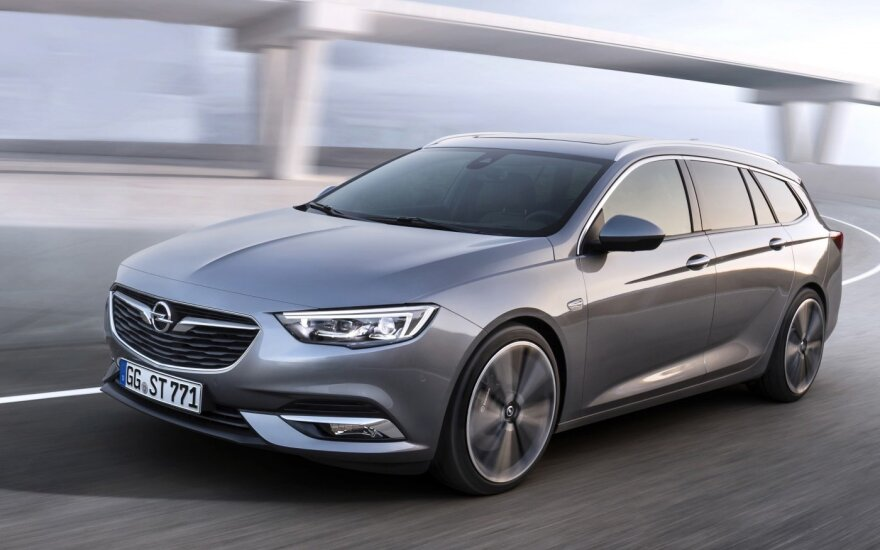 """Opel Insignia Sports Tourer"""