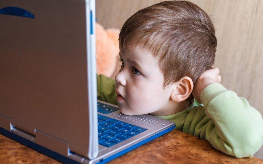 Darželinukų virtualūs žaidimai baugina: tėveliai, kuo čia didžiuotis?