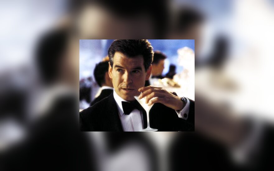 Pierce Brosnan, J.Bond