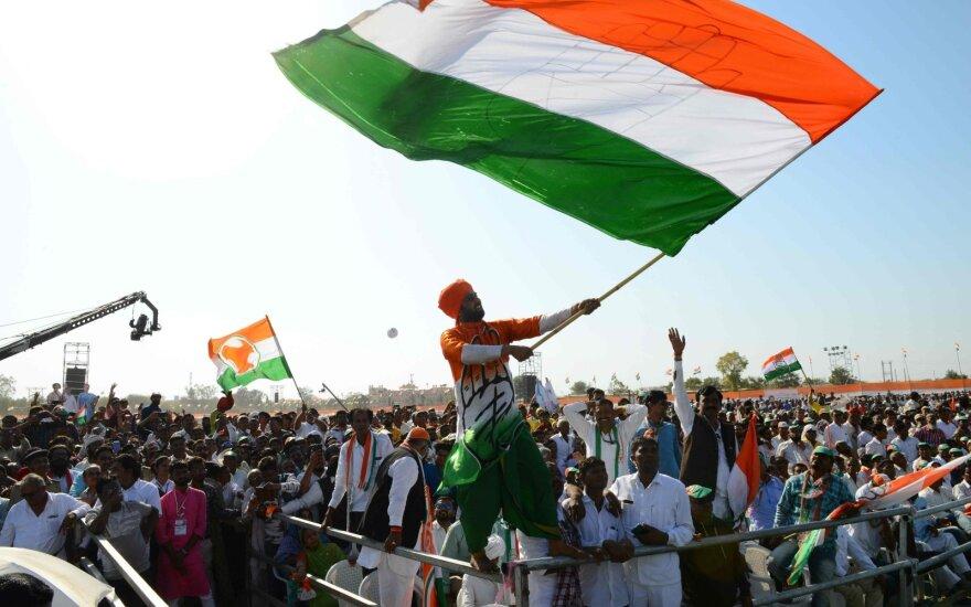 """""""Bloomberg"""": Indijai būtinas naujas susitarimas dėl augimo bei galimybių"""