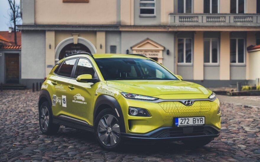 """Metų automobilis 2019"" konkurse – keturi elektromobiliai"