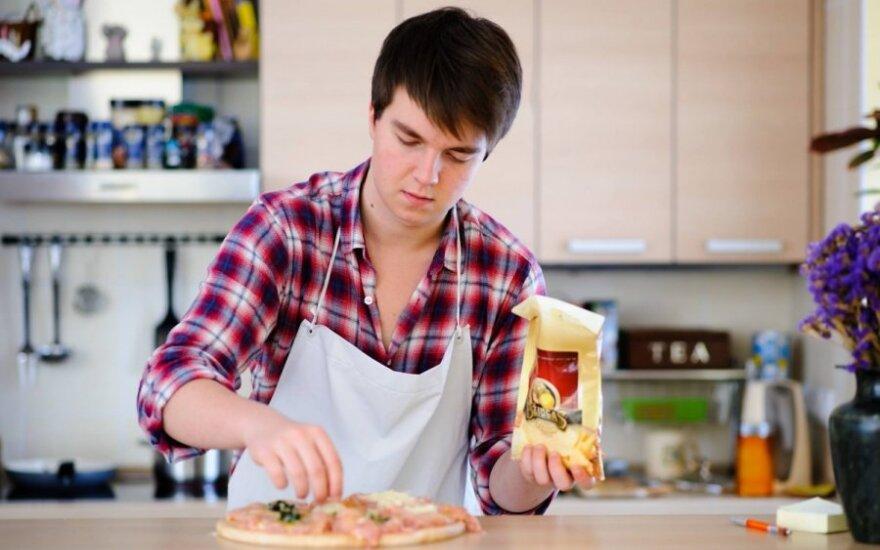 Kaunietis kulinaras atskleidė, kokias klaidas darome virtuvėje
