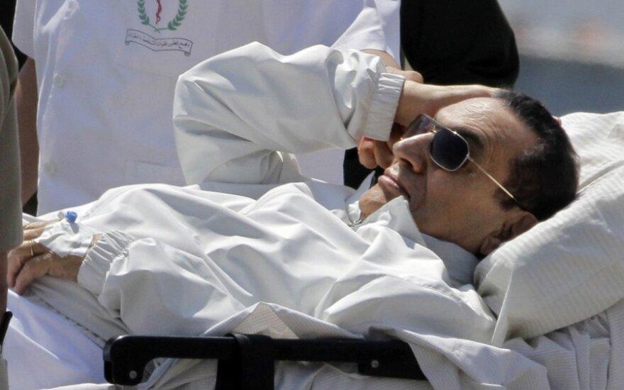 Buvęs Egipto prezidentas H.Mubarakas vėl teisiamas