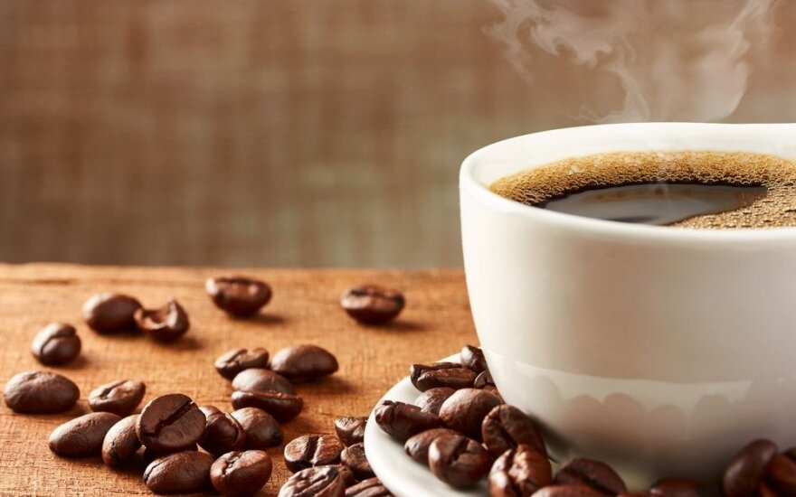 Ekspertai pataria: ką daryti, kad kavos aparatas negestų ir gamintų kokybišką kavą?
