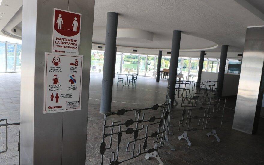 Austrija: per parą nustatytų užsikrėtimo koronavirusu atvejų skaičius pirmą kartą šią vasarą viršijo 300