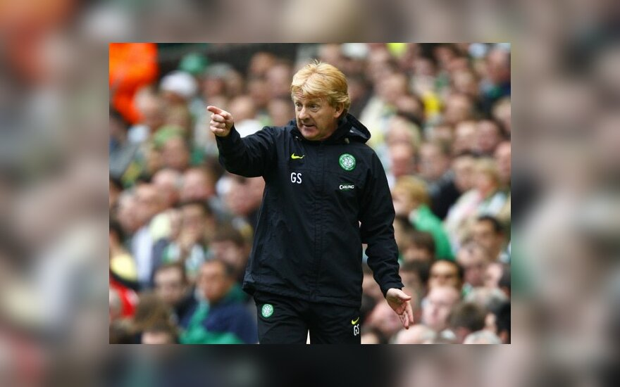 """Čempionės titulą praradusios """"Celtic"""" strategas G.Strachanas atsistatydino"""