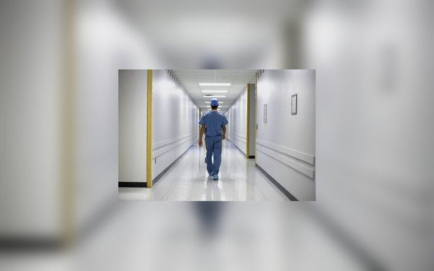 Vyriausybė siūlo leisti medikui rinktis, ar daryti abortą