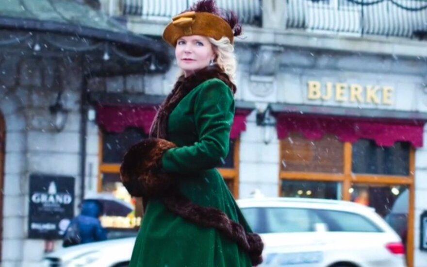 """Lucinda Riley vaikystės meilę Norvegijai perkėlė į romaną """"Audrų sesuo"""""""