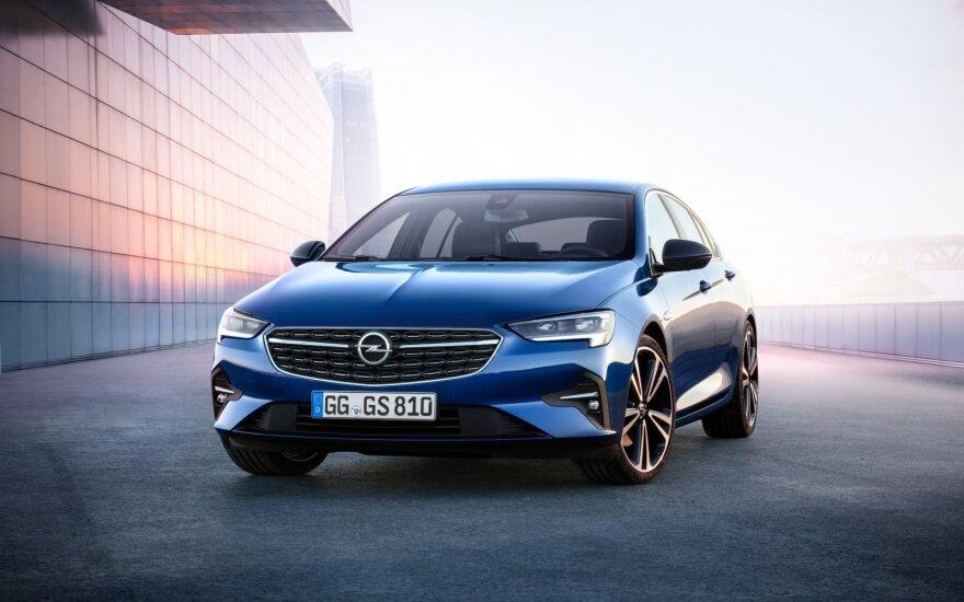"""""""Opel"""" apsisprendė: 2028-aisiais Europoje automobilių su vidaus degimo varikliais nebegamins"""