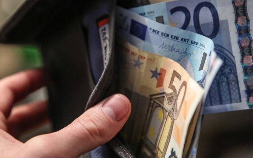 Karščiausiu piniginiu klausimu – visiškas nesutarimas