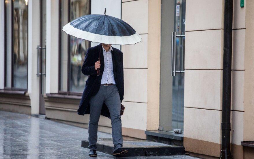 Orai: Velykas merks krituliai, bet yra ir gera žinia