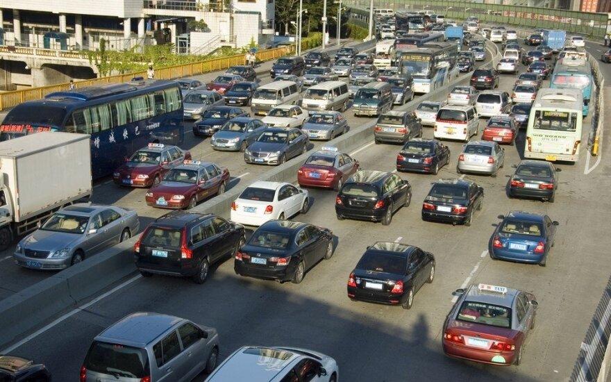 Kinijoje išaugo automobilių pardavimai