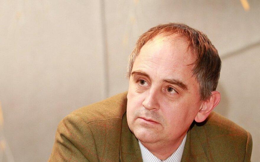 Edward Lucas