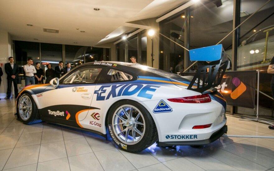 Naujų sportinių Porsche automobilių pristatymas