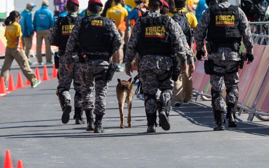 Siekdama padidinti saugumą Brazilija dislokavo karių pasienyje su Venesuela
