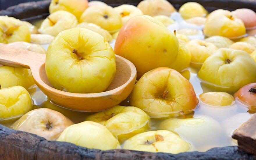 Blogiau nei blogai: sodininkai šiemet skins tik trečdalį obuolių