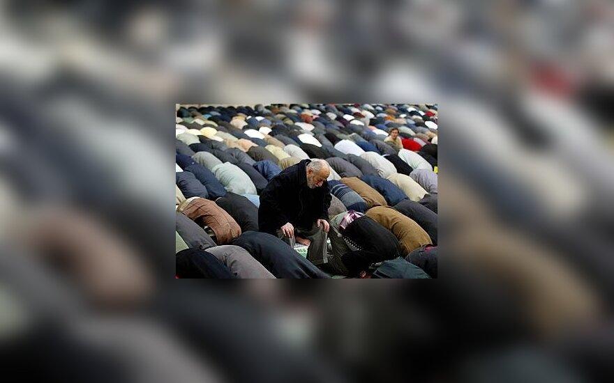 Europoje didėja priešiškumas musulmonams ir žydams