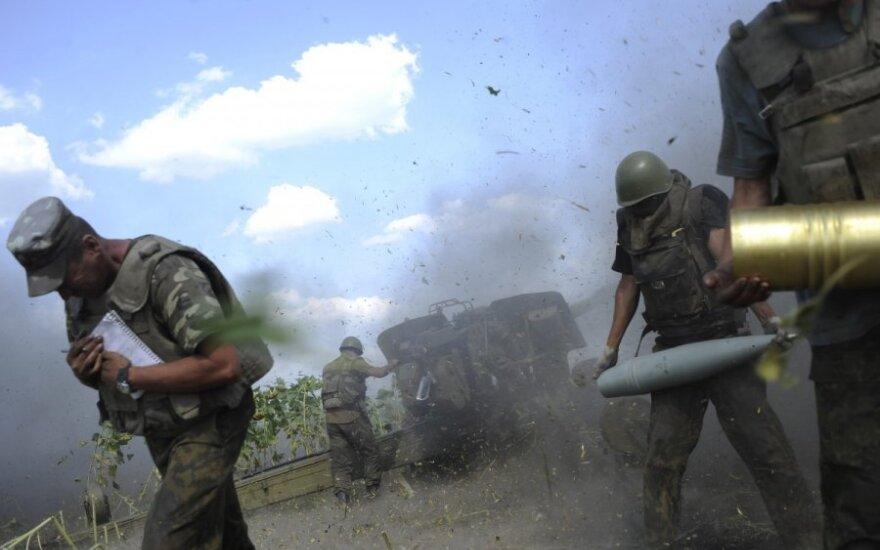 Luhanske – kritinė padėtis, iš Rusijos plūsta ginklai