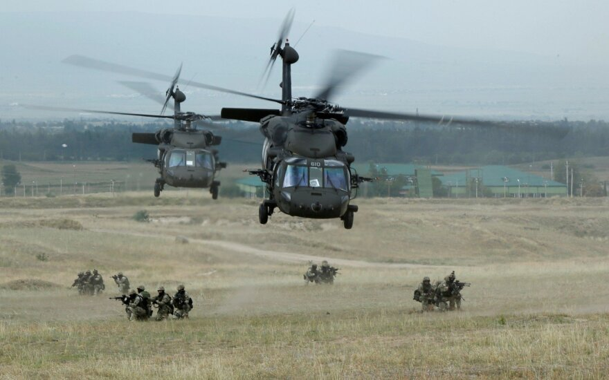 "Sraigtasparnis ""UH-60 Black Hawk"""