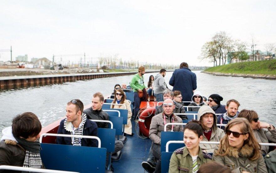 Kelionė laivu Malmės kanalais