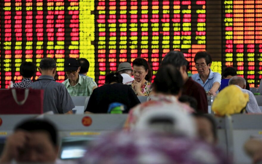 Antrą kartą šią savaitę buvo sustabdyta prekyba akcijomis Kinijoje