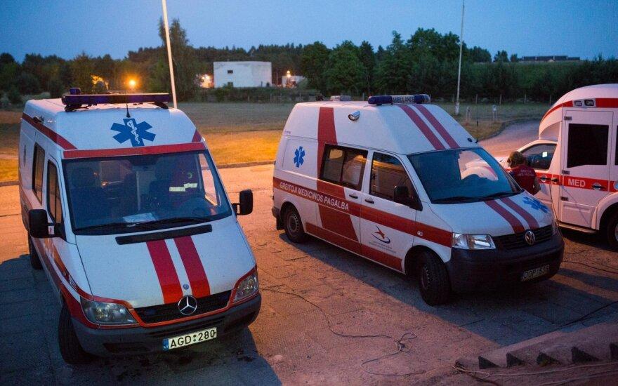 Prie Kauno klinikų mirusio vyro artimieji prašo pagalbos