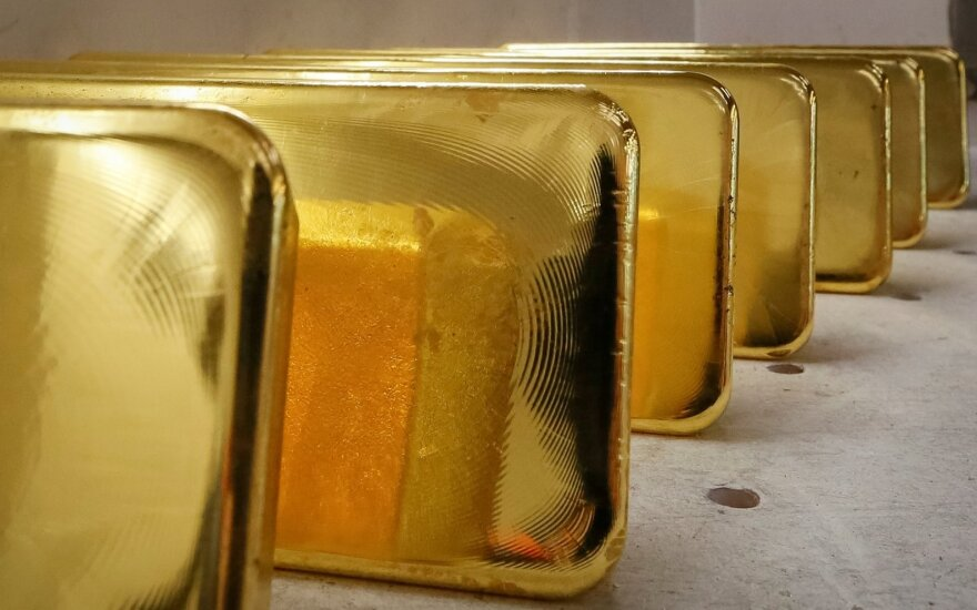 Fintech Paysera starts trading physical gold