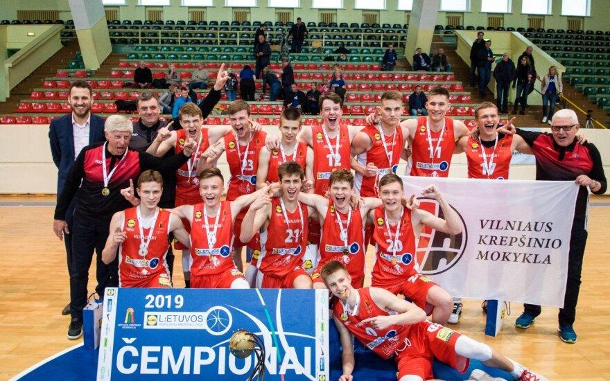 Įspūdingai žaidęs Marčiulionis atvedė Vilniaus KM į U17 čempionato viršūnę