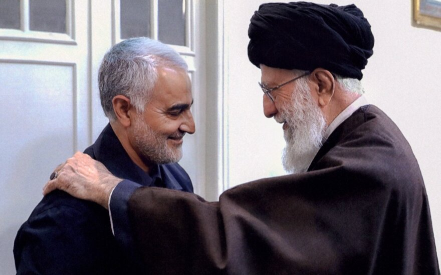 Qasemas Soleimani, ajatola Ali Khamenei