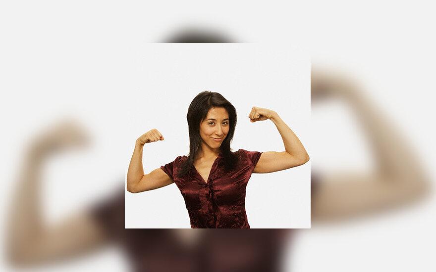 Stipri moteris