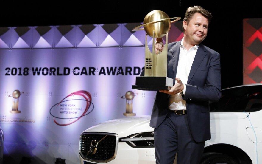 """""""Volvo Cars"""" JAV padalinio prezidentas Andersas Gustafssonas atsiima 2018 metų """"Pasaulio automobilio"""" apdovanojimą"""