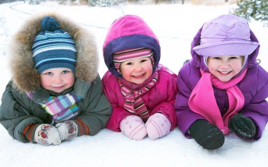 Žema temperatūra – ne priežastis atsisakyti pasivaikščiojimo lauke