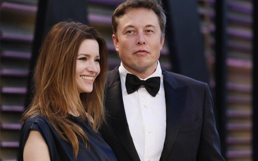 Elonas Muskas ir Talulah Riley