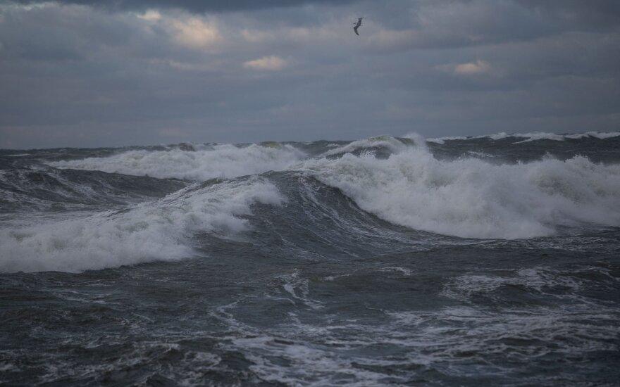 Rusijos pasieniečiai sulaikė penkis Japonijos žvejų laivus