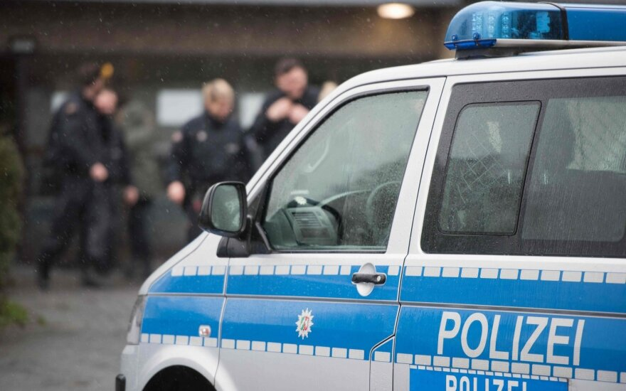 Vokietijoje ilgapirščiai nugvelbė ugniagesių Kalėdų eglę