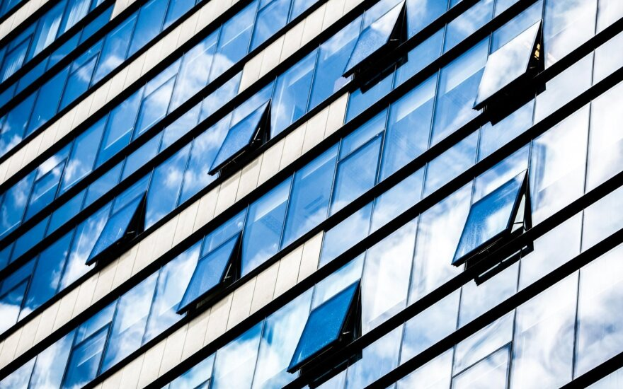 Lithuania behind other Baltic states in commercial real estate investment