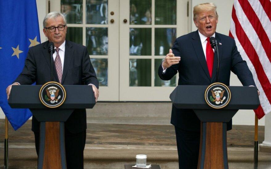 Junckeris ir Trumpas susitarė mažinti įtampą prekybos srityje