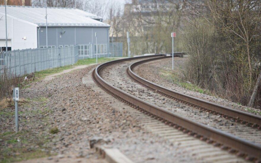 Kretingoje traukinys mirtinai pervažiavo žmogų