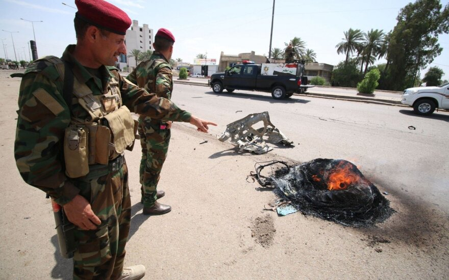 Bagdade per tris sprogdinimus žuvo mažiausiai šeši žmonės