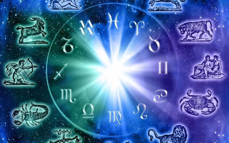 Astrologės Lolitos prognozė gegužės 8 d.: svarbių pasirinkimų metas