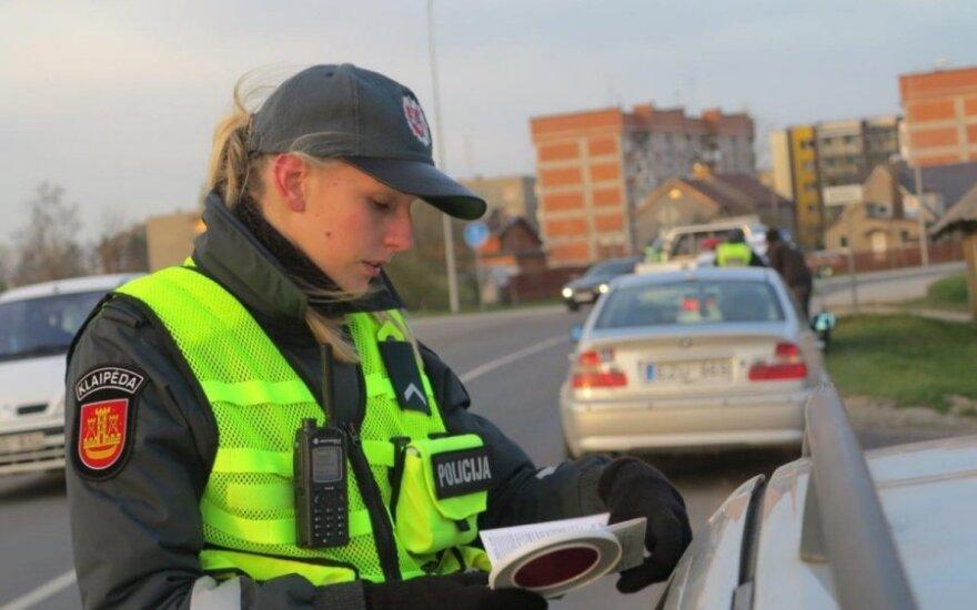 Staigmena pareigūnams: Žemaitijoje įžūliausi vairuotojai – senukai